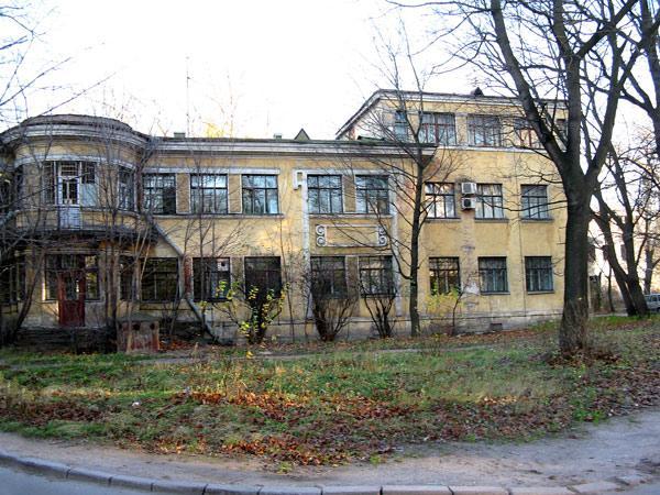 барачная больница в память